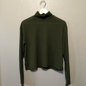 H&M Green Turtle Neck Long Sleeve Top